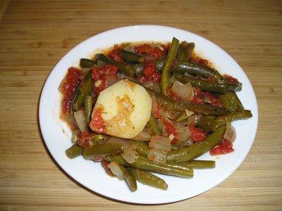 Тушёная стручковая фасоль по-гречески, рецепт приготовления