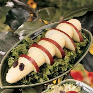 Фруктовый десерт «Гусеница»