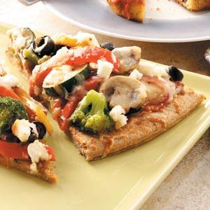 Вегетарианская пицца с итальянским соусом песто