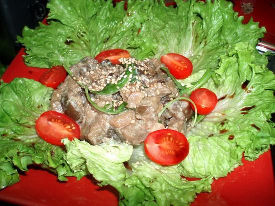 Салат из баклажанов и одуванчиков