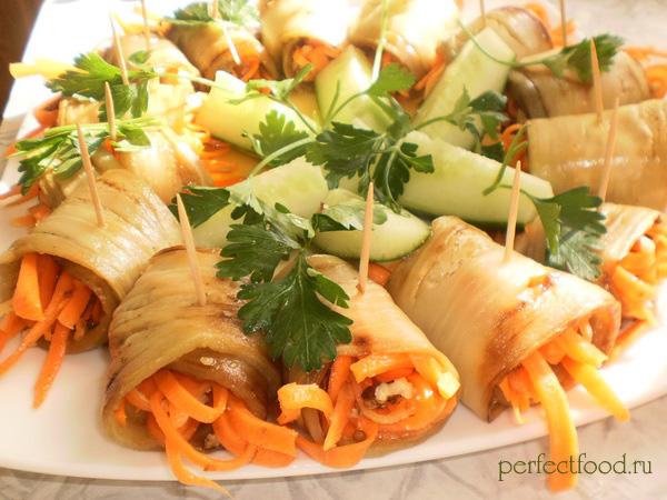 Рулетики из баклажанов с орехами и морковью — фото-рецепт