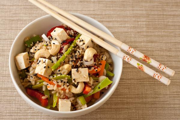 Как приготовить салат рисовый - рецепт.