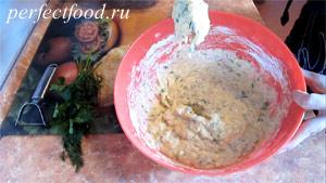 Пошаговое фото к рецепту оладий из кабачков 6.