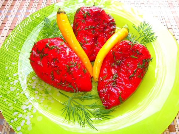 Перец болгарский жареный, маринованный в острой чесночной заправке