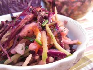 Салат из краснокочанной капусты - рецепт с фото