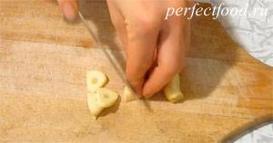 Как приготовить соус песто с фиолетовым базиликом. Фото 2