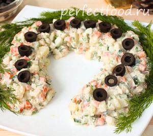 novogodnij-salat-podkova-10