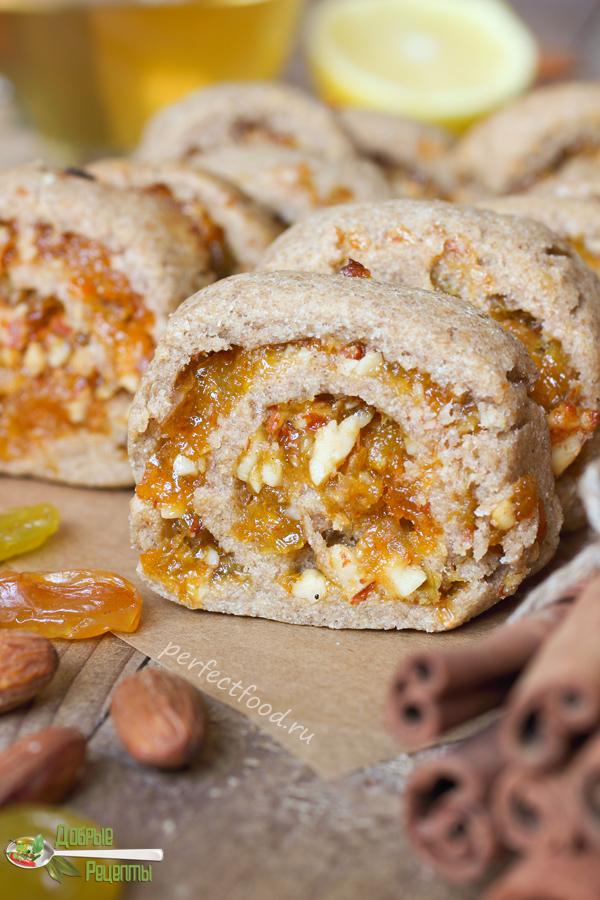 Печенье из ржаной муки с сухофруктами