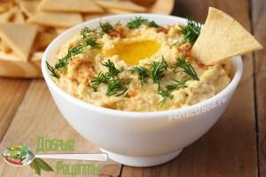 Хумус в домашних условиях с кукурузными чипсами