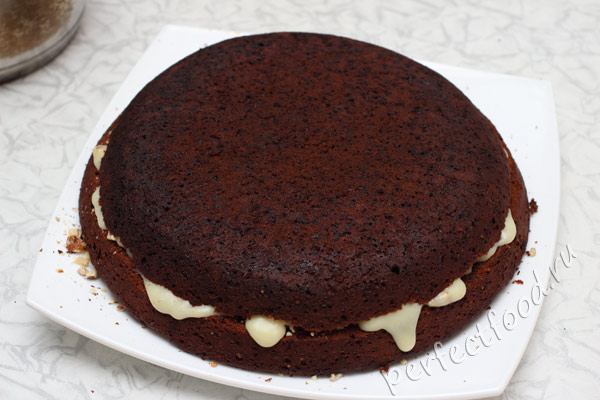 shokoladny-tort-s-orehami-bez-yaic-foto-8