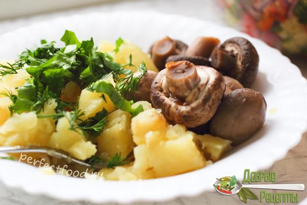 Картошка с грибами - идея обеда