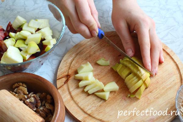 Как приготовить фруктовый крамбл с овсяными хлопьями 2