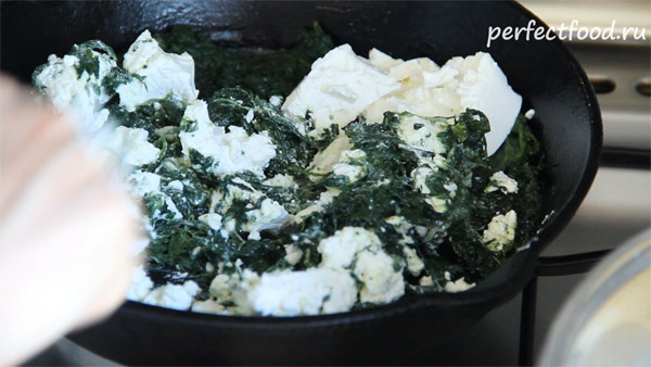 Сыр фета и шпинат - начинка для лазаньи