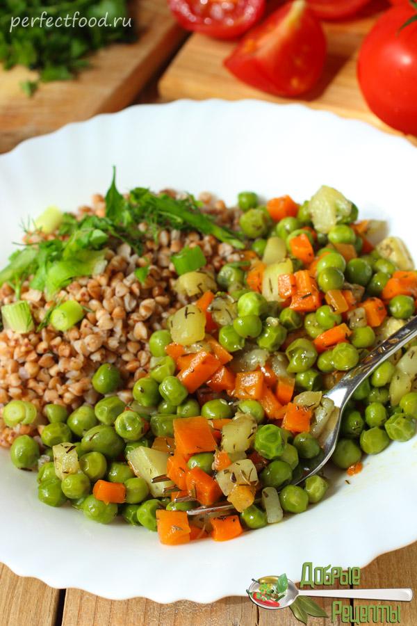 Вегетарианское овощное рагу с кабачками и зелёным горошком - рецепт с фото