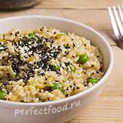 Рис с соевым соусом и зелёным горошком