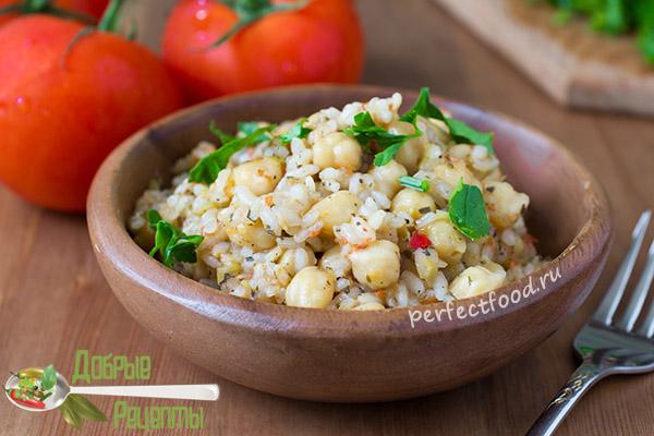 Веганский рецепт нута с рисом и помидорами - фото
