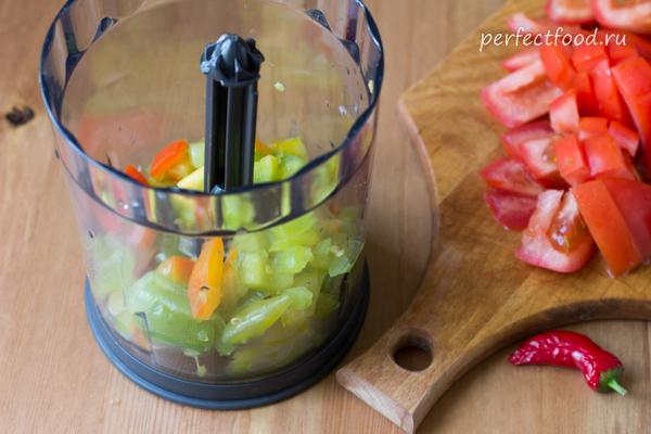 Помидоры и перцы для соуса