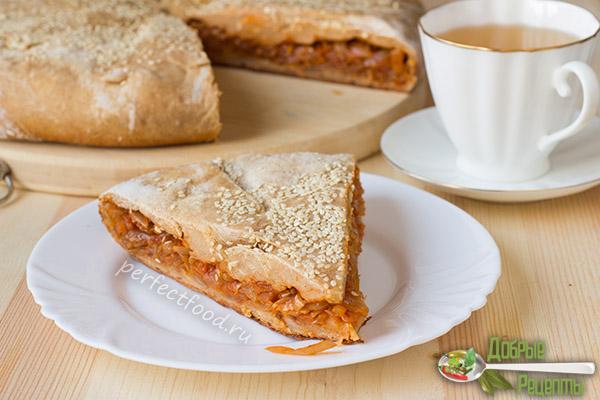 Вегетарианский пирог с капустой без яиц - рецепт