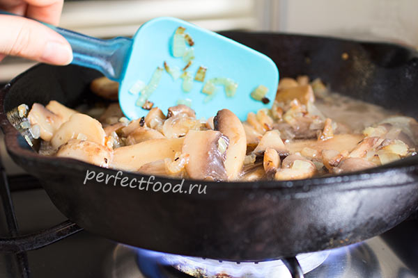 kartofelnik-recept-zharim-griby