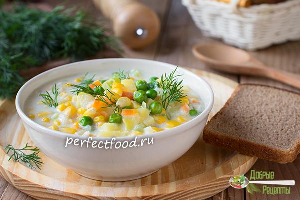 Суп с кукурузой и зелёным горошком