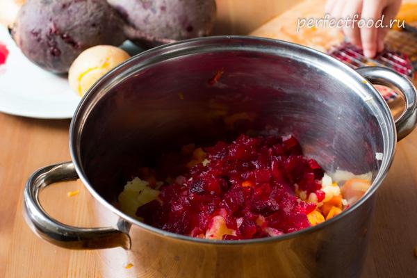 letnij-vinegret-s-fasoliyu-recept-foto-7