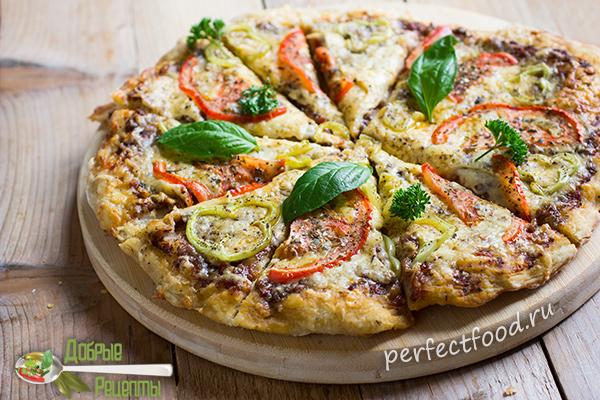 domashnyaya-pizza-s-sirom-pomidorami-percem-recept-foto-2