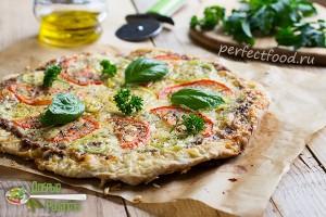 Домашняя пицца с сыром и помидорами - рецепт с фото и видео