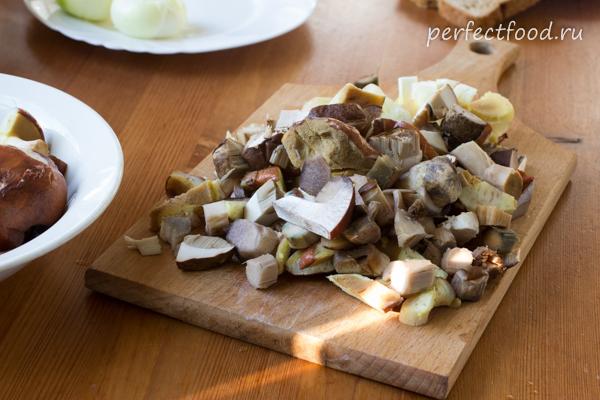 gribnoj-sup-pure-iz-lesnih-gribov-recept-foto-6