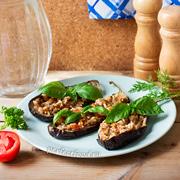 Запечённые фаршированные баклажаны с рисом по-гречески