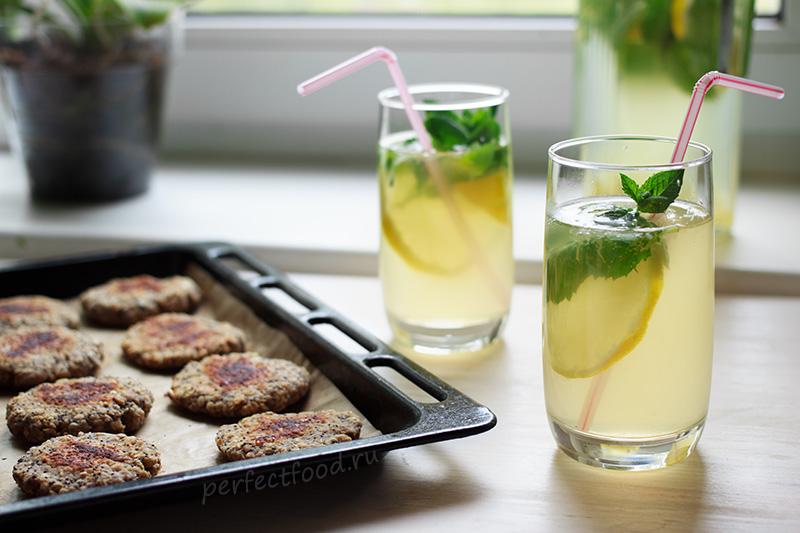 Как сделать дома лимонад с мёдом и мятой