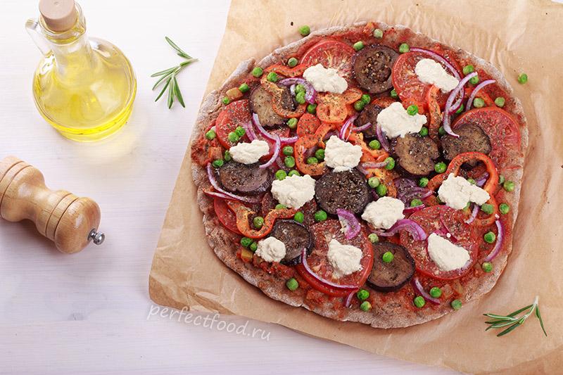 Веганская пицца с овощами и тофу